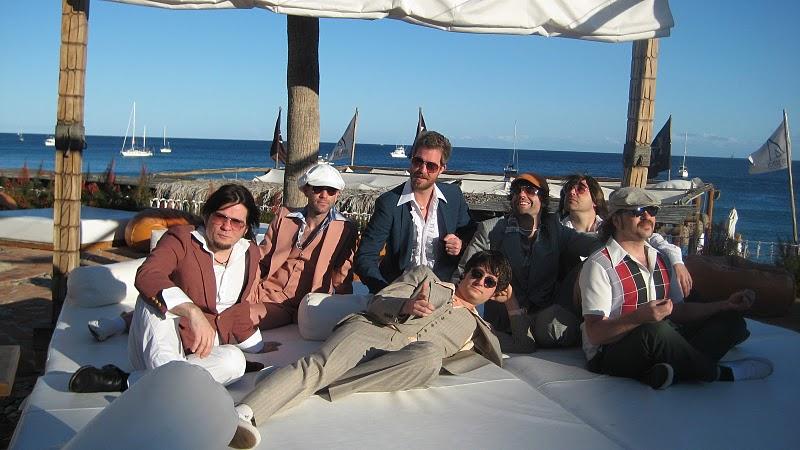 yacht rock schooner
